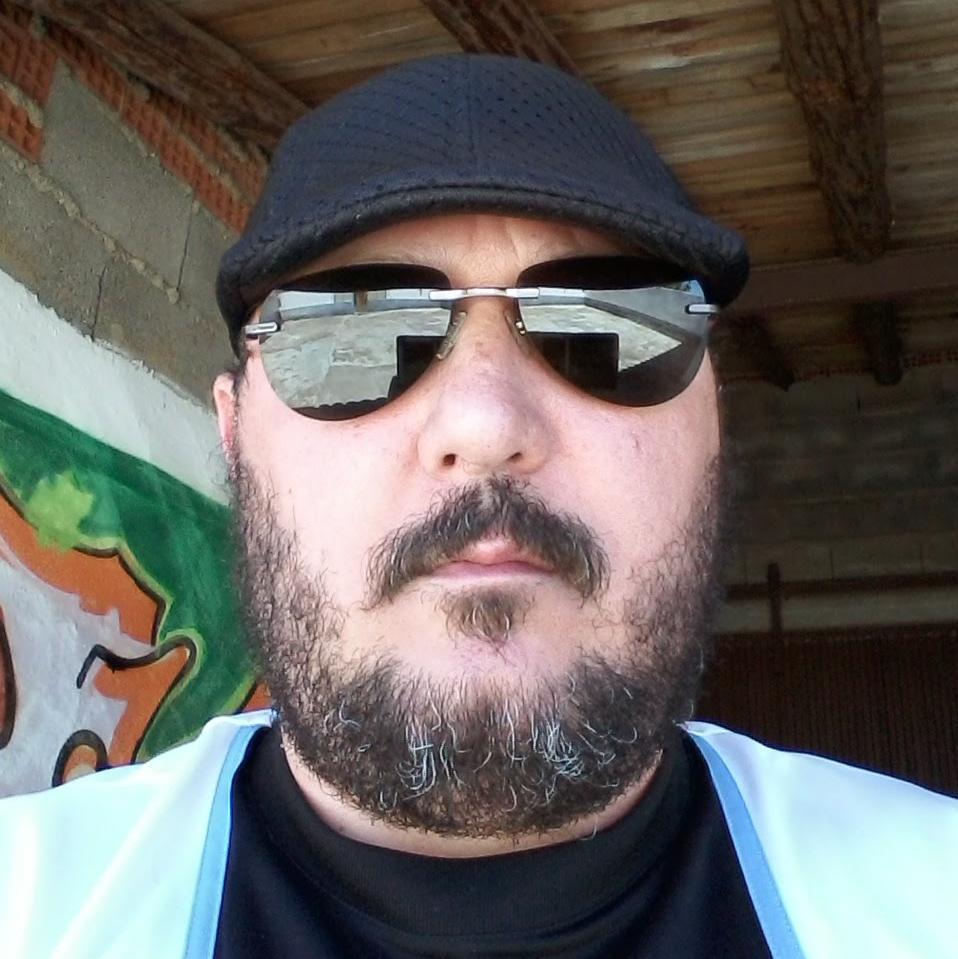 Angel Otero Garzón - Su perfil. Votar, valora y comunicate