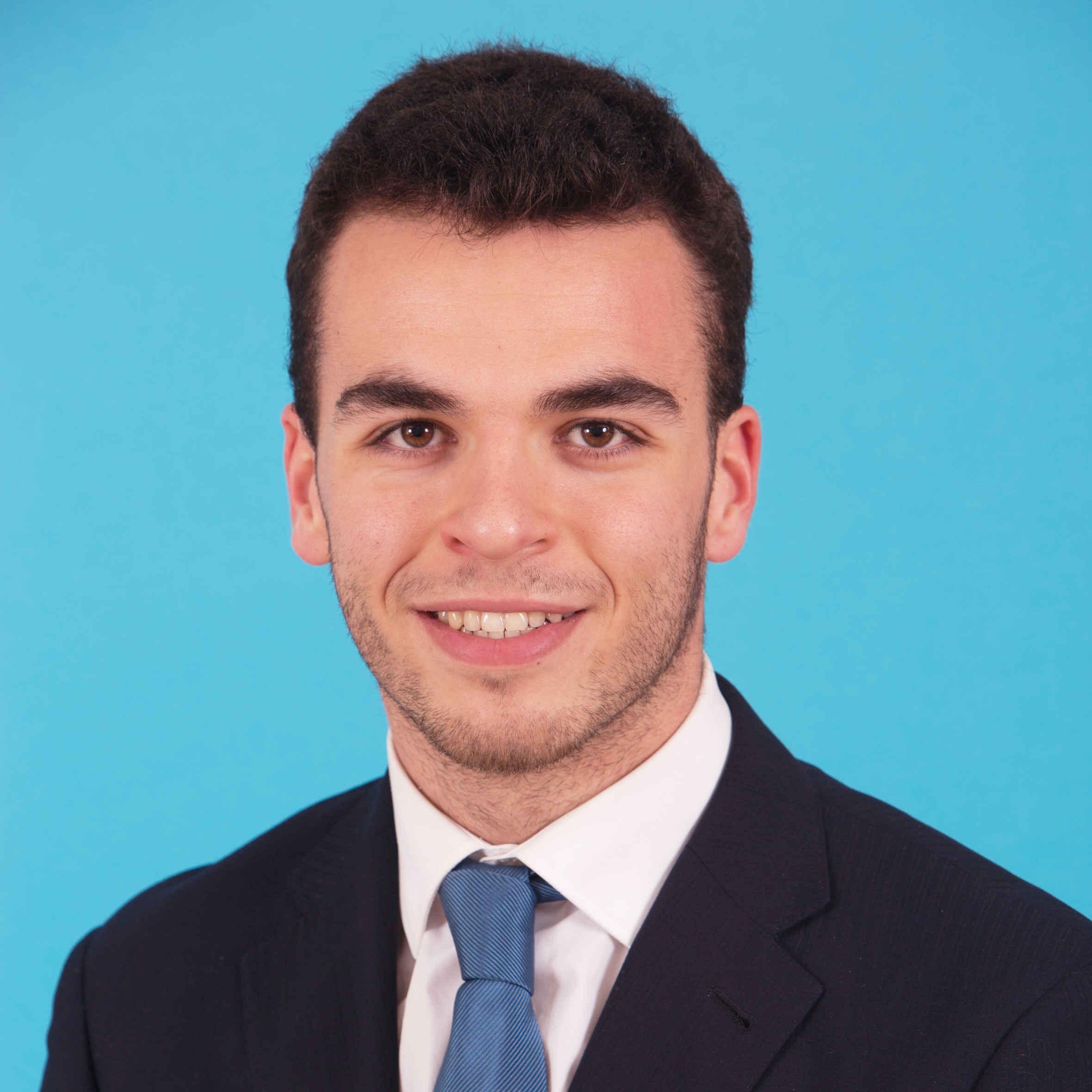 Pablo Abad - Su perfil. Votar, valora y comunicate