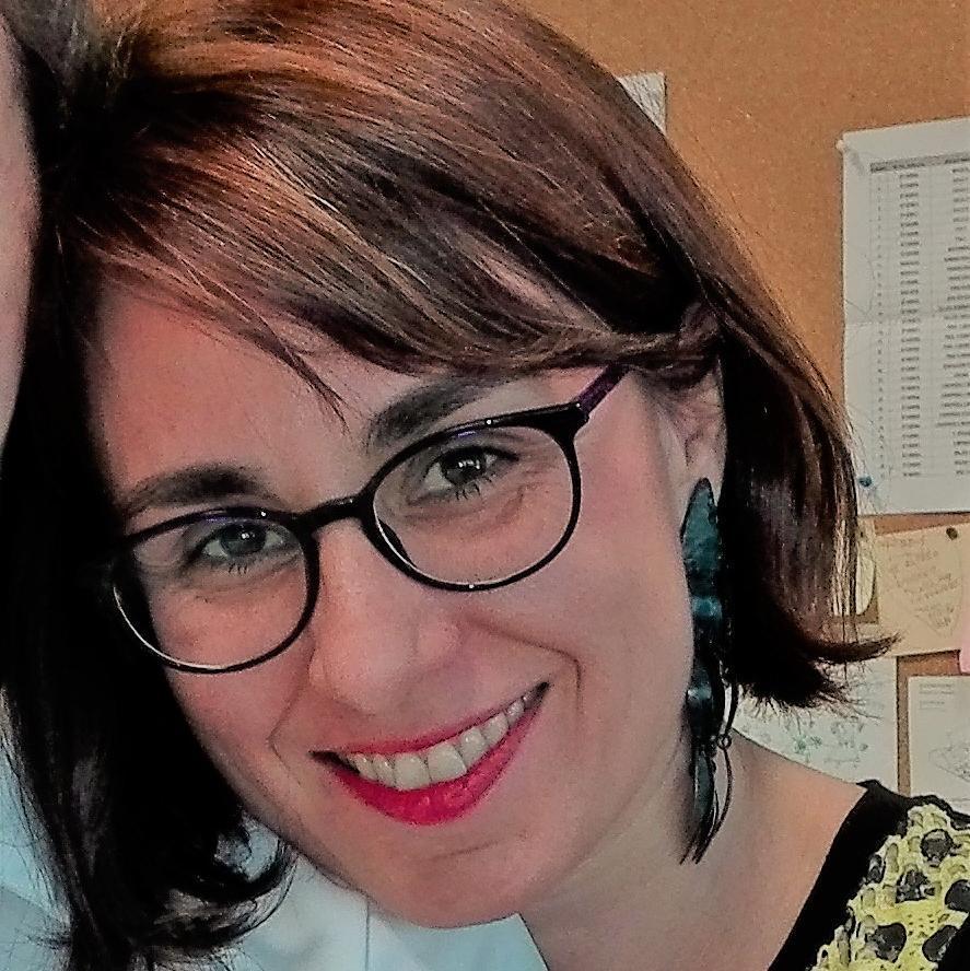 Elena - Su perfil. Votar, valora y comunicate
